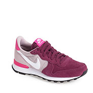 Nike 'Internationalist' Sneaker (Women)